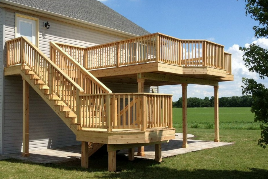 Satisfied clients from diamond hardscapes deck and patio for Two story deck design pictures